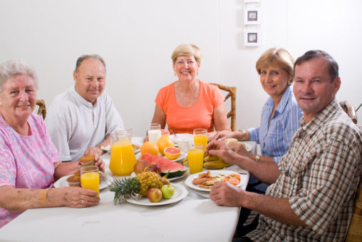 ensuring-seniors-healthy-diets-at-home